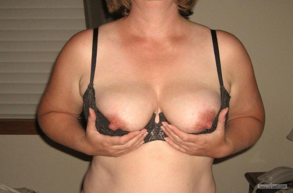 Tit Flash: Wife's Medium Tits - Nina from United States